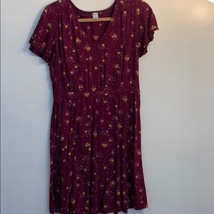 maroon background smooth floral dress
